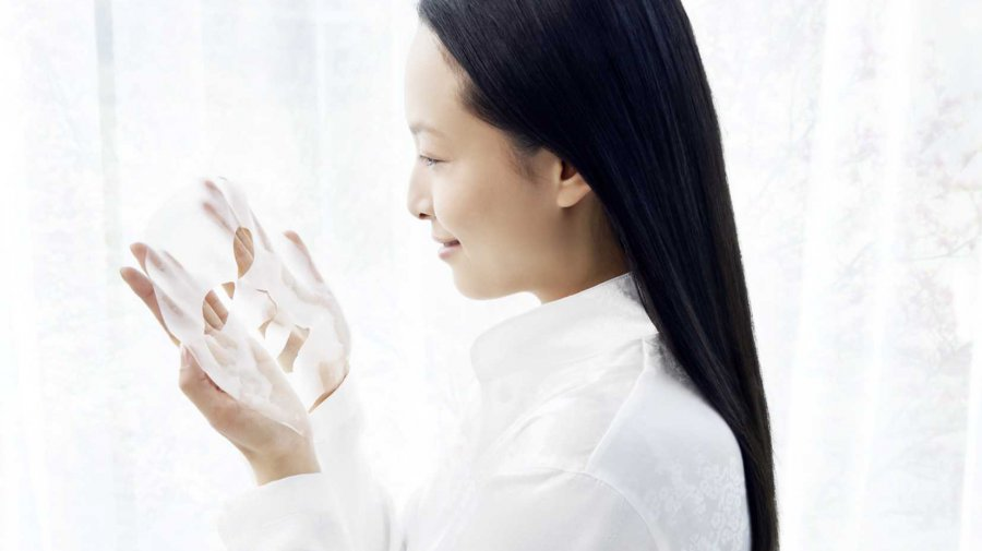 Kose Cosmeport Clear Turn face mask (© © Lenzing AG)