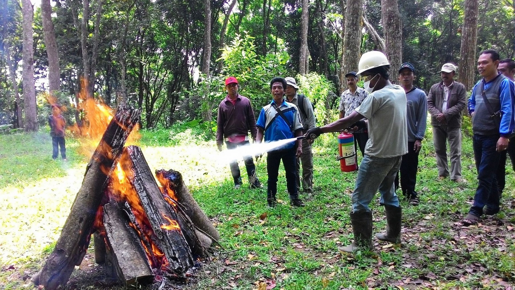 Training - Forest fire evacuation (© KSU Alas Mandari KTI)
